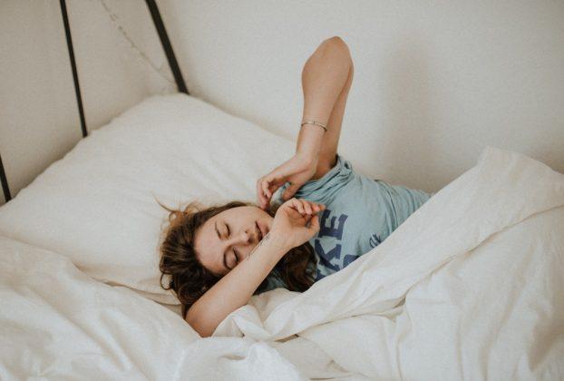 Những cách sau sẽ giúp bạn đi vào giấc ngủ nhanh hơn